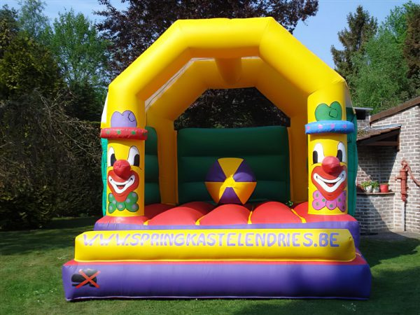 Clown-met-bal springkasteel