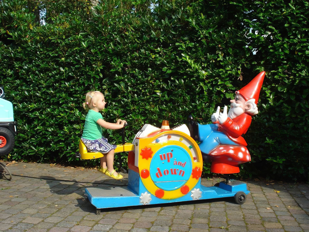 kiddy rides kinder attractie kabouter